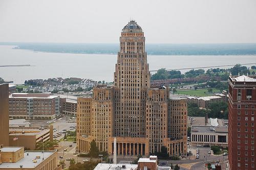 Buffalo-City-Hall1